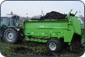 Fertilizer spreader obornika